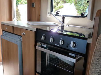 Motorhome rental cooking in Devon and Cornwall